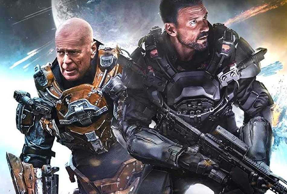 Cosmic Sin, il film sci-fi su pianeti remoti con Bruce Willis