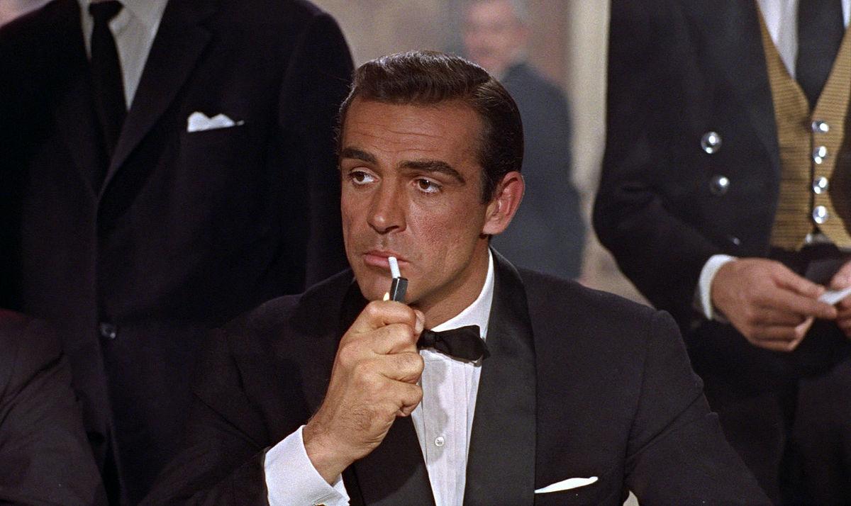 Hollywood, i divi più affascinanti di sempre, da Humphrey Bogart a James Dean