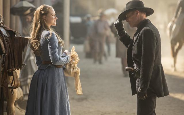Westworld, la protagonista Evan Rachel Wood fa crescere la suspense sulla serie tv
