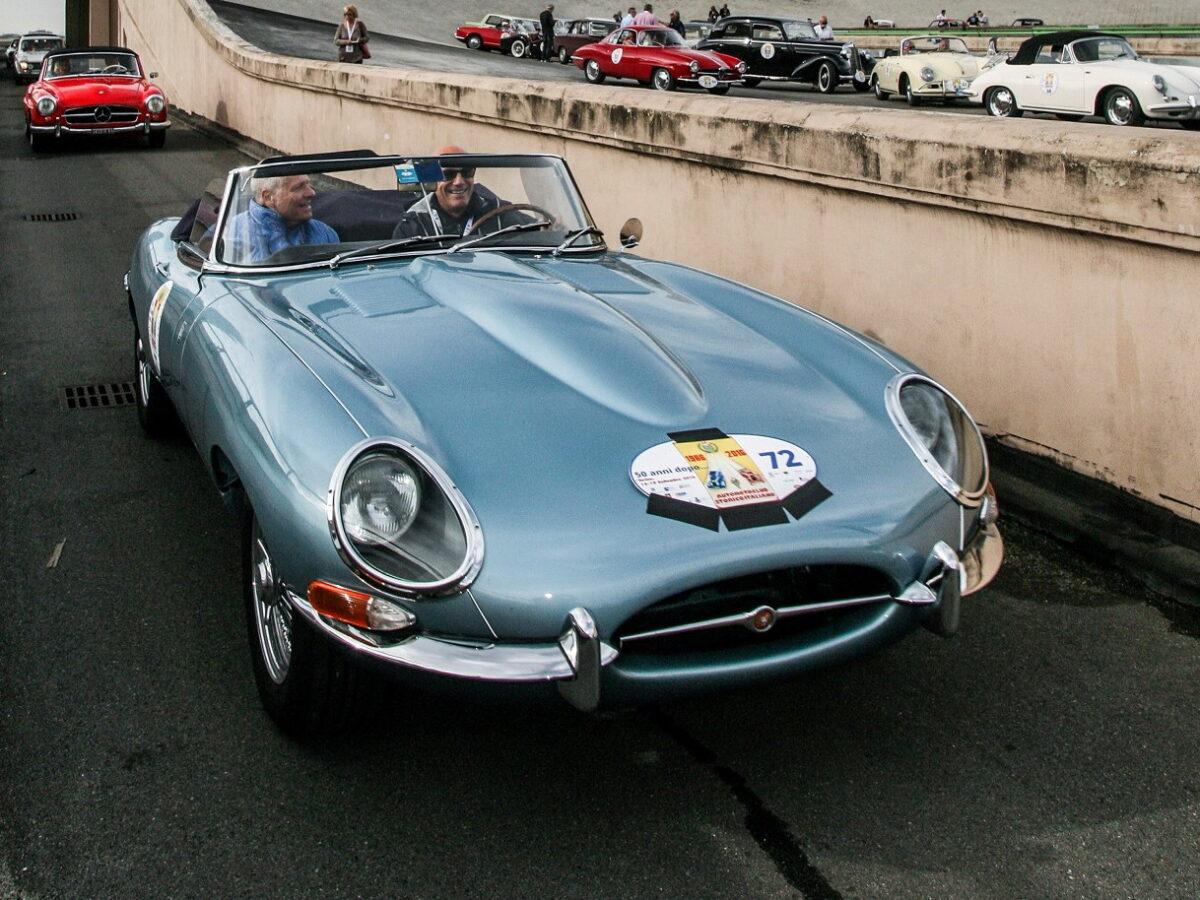 Automobile Jaguar - immagini