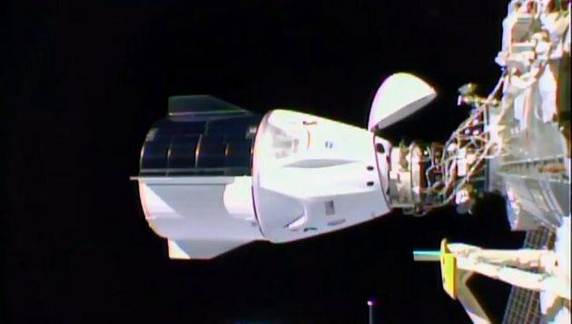 crew-dragon-e-space-x---primo-lancio-commerciale-della-nasa-con-astronauti-degli-usa-space_xxx.jpeg