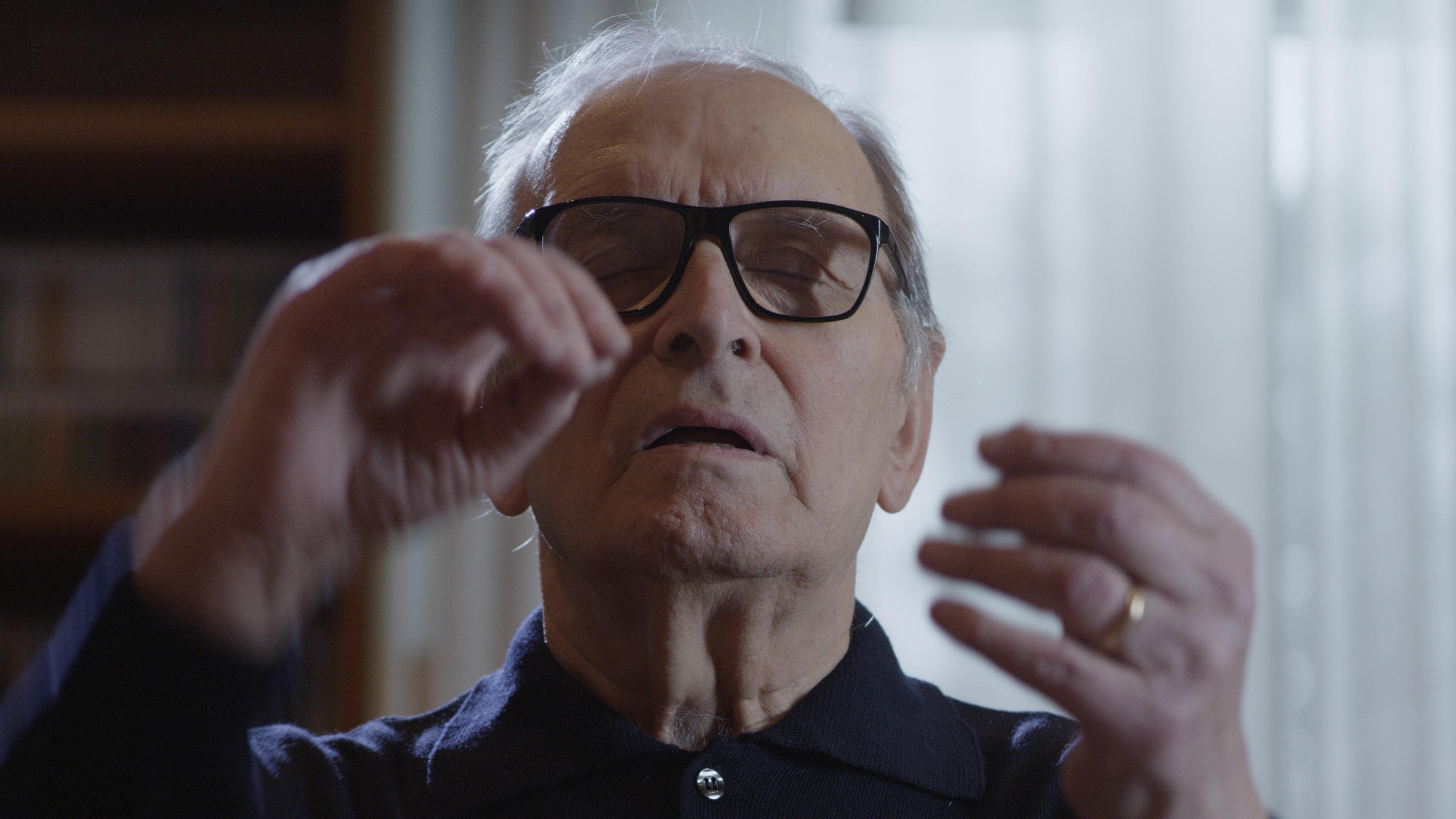 Venezia 78, Ennio di Giuseppe Tornatore: il documentario che rivela il lato inedito del Maestro