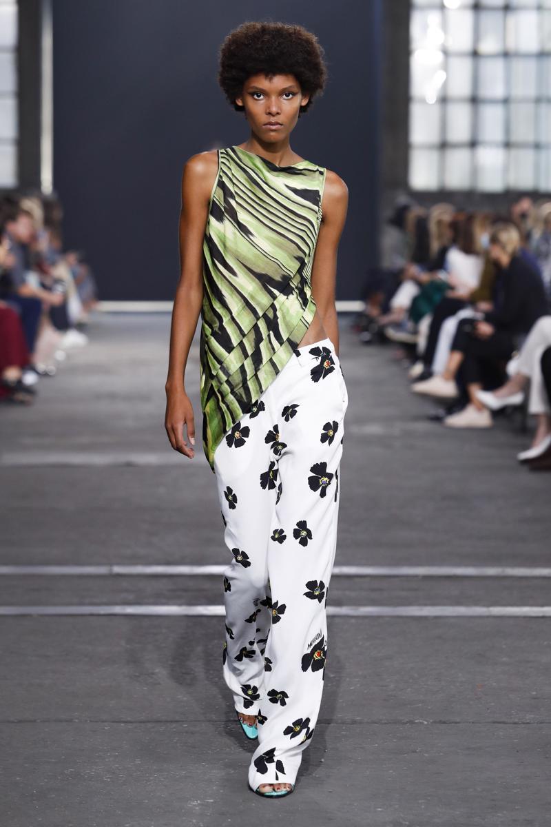 milano-fashion-week--collezione-primavera-estate-2022-milan-fashion-week--missoni-spring-summer-2022-collection_(3).jpg