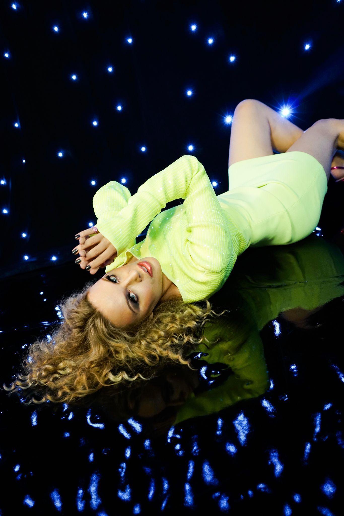 Kylie Minogue album e tour - immagini
