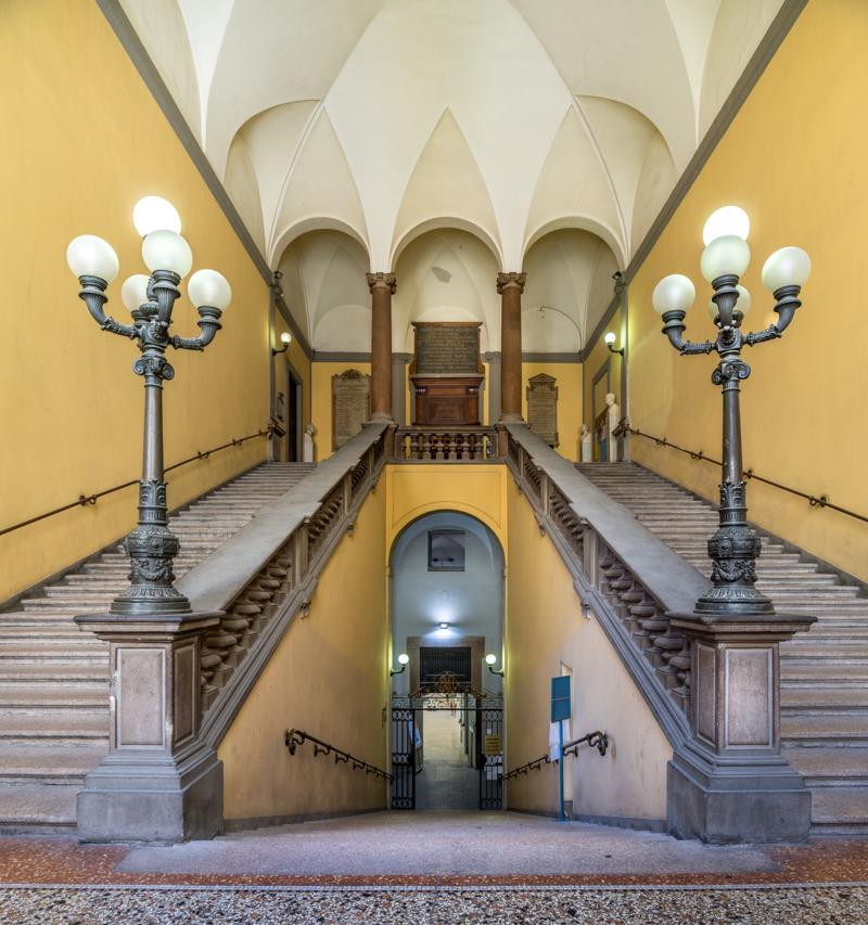 mostra-milano----pinacoteca-di-brera---immagini-02-Biblioteca-Nazionale-Braidense-Scalone.jpg