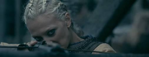 Vikings, 'tutti possiamo immedesimarci nella trama': intervista a Georgia Hirst